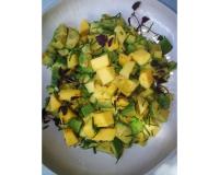 Σαλάτα με Αβοκάντο & Μάνγκο